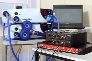 Example TMS setup with a Power1401, dual 1902 amplifier and Magstim Bistim